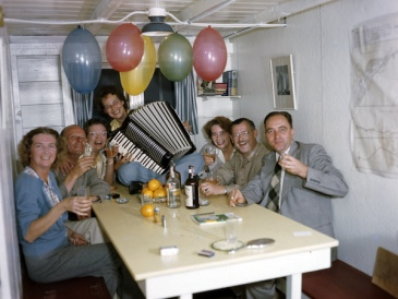 New Year's Eve party aboard the shantyboat Lazy Bones